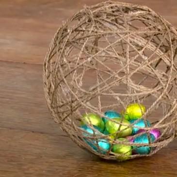 """Idee per Pasqua: l'""""uovo"""" di spago"""