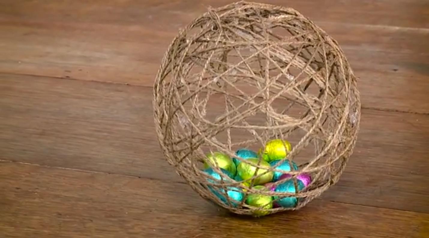 Pasqua - Uovo di spago