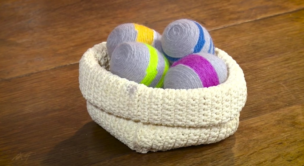 Uova decorate con lana - Pasqua