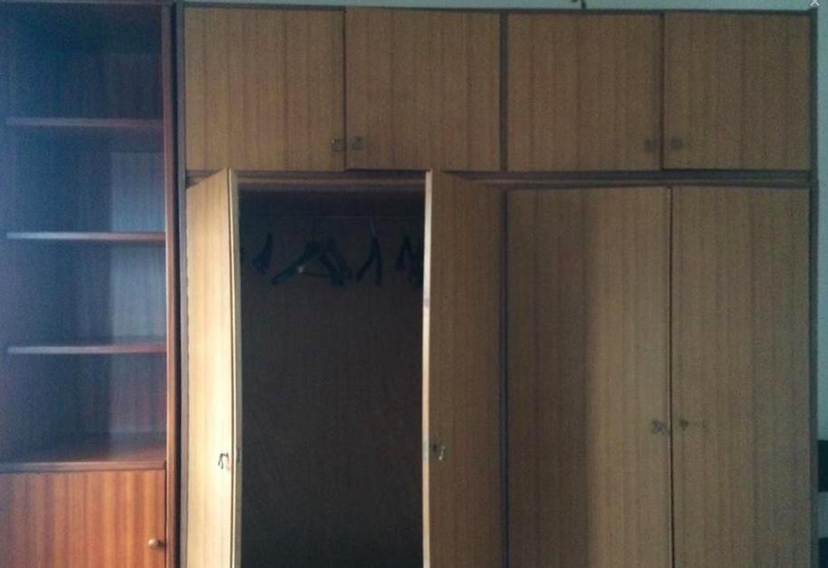 Come decorare un vecchio armadio fai da te con barbara - Decorare un armadio ...