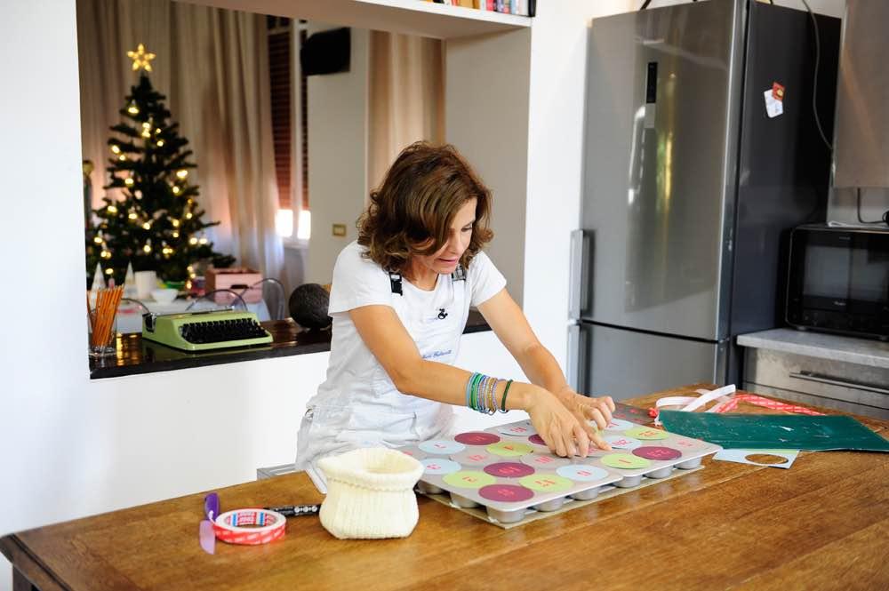 Extrêmement Calendario dell'avvento fai da te con teglie per muffin | Barbara  LB27