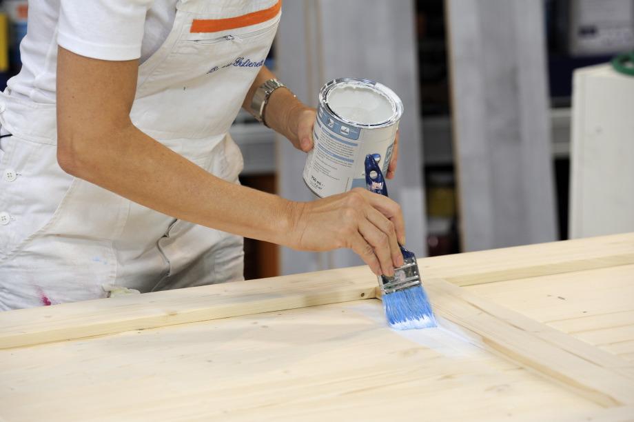 Come verniciare una porta di legno grezzo come fare con barbara - Verniciare porte in legno ...