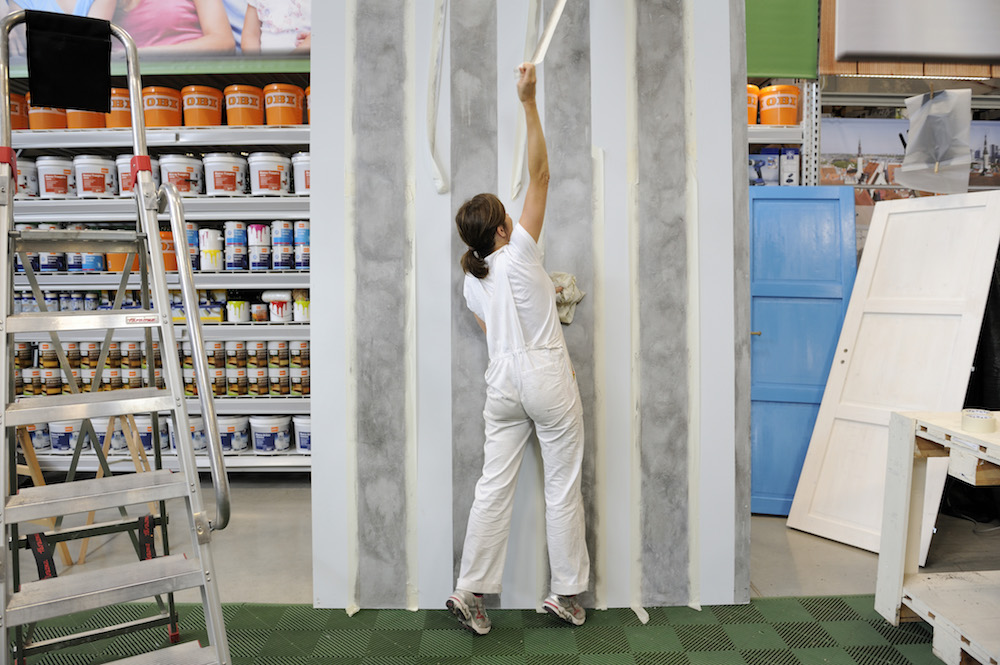 Pareti A Strisce Shabby : Come dipingere una parete a righe verticali